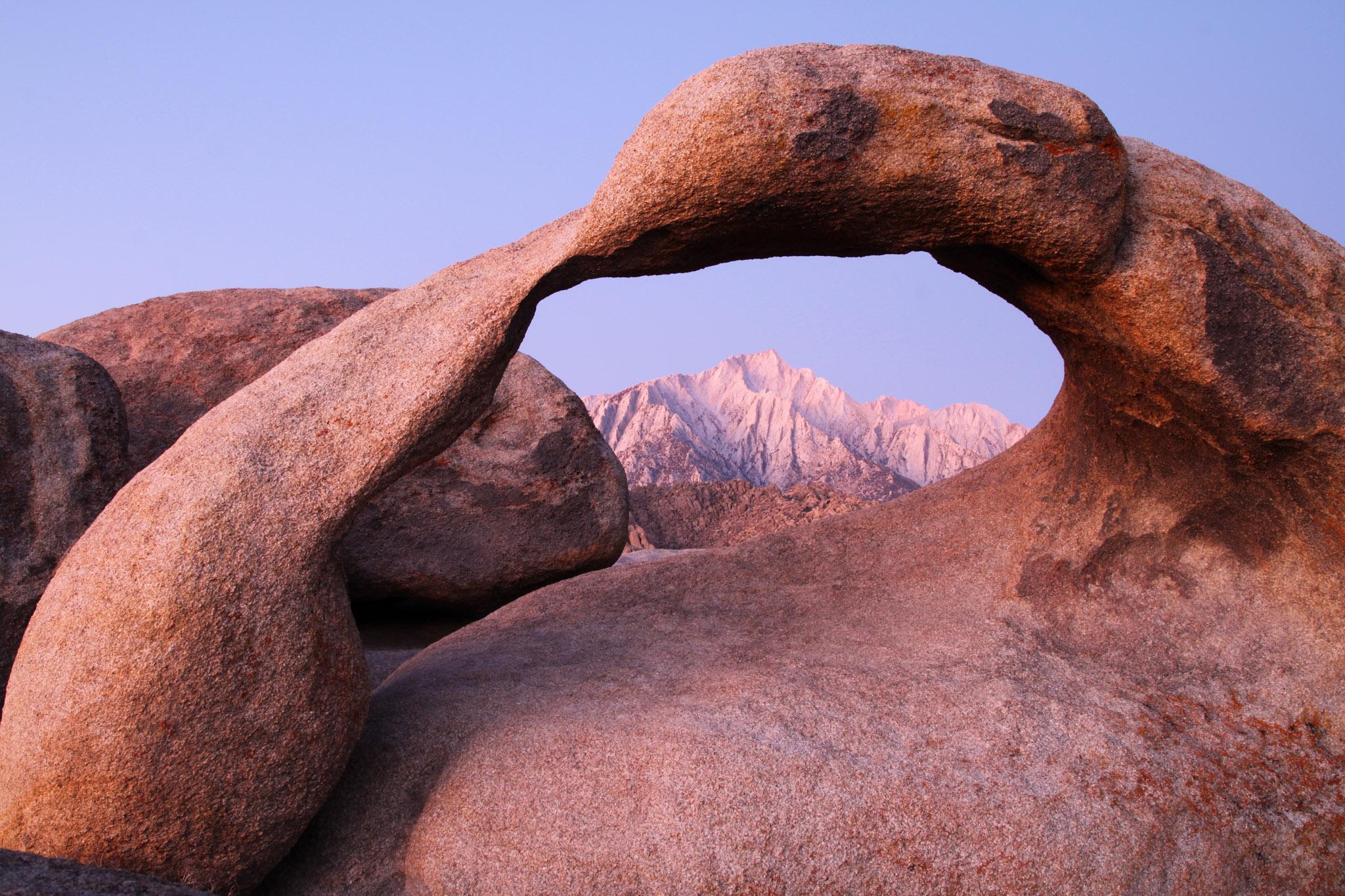 Moebius Arch at sunrise, Alabama Hills, California